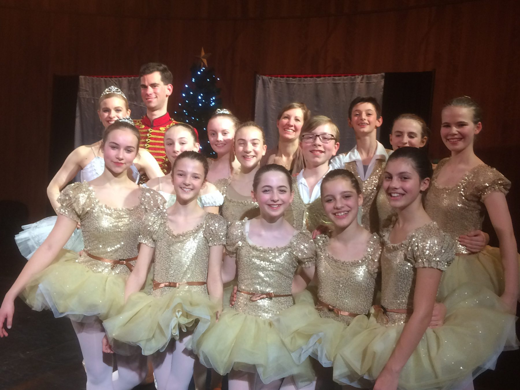victoria-and-albert-nutcracker-cast-with-maddy-and-guest-artists-december-29th-2016